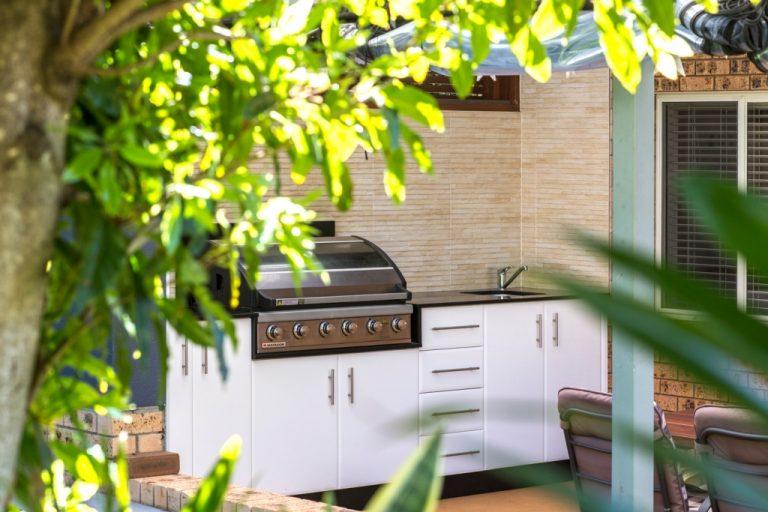 Outdoor Kitchen by DRK Kitchens Ulladulla